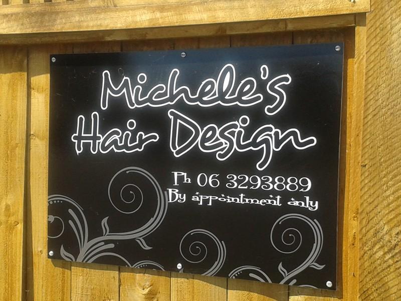 Micheles Hair Design Logo